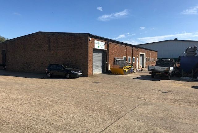 Thumbnail Warehouse for sale in Bilton Road, Hitchin