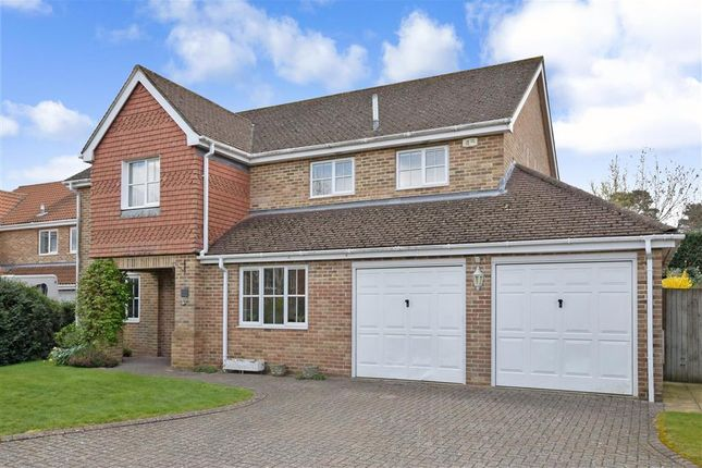 Thumbnail Detached house for sale in Wetherdown, Petersfield, Hampshire