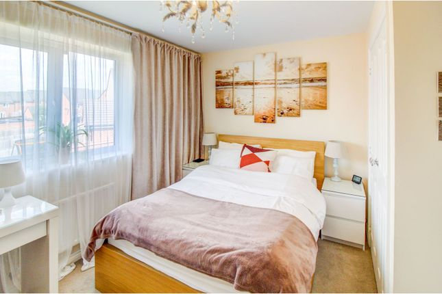 Bedroom One of Queslett Way, Birmingham B42