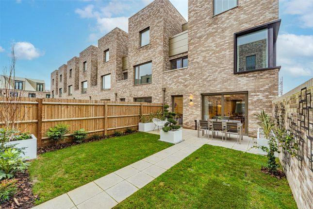 Thumbnail Property for sale in Athena At Knights Park, Eddington Avenue, Cambridge