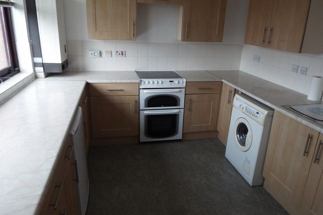 Thumbnail Flat to rent in Ascot Court, Kelvindale, Glasgow