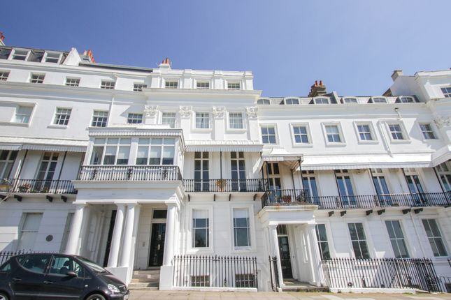 Thumbnail Flat for sale in Lewes Crescent, Brighton