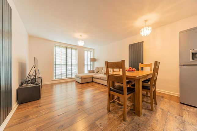 2 bed flat for sale in Springhead Parkway, Northfleet, Gravesend, Kent DA11
