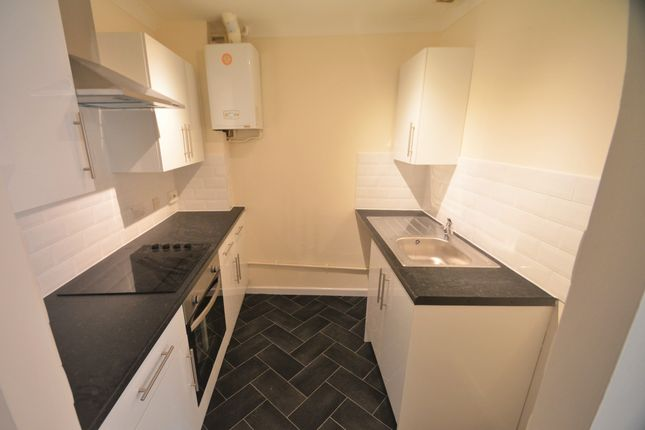 Thumbnail Flat to rent in Greenway Road, St Marychurch