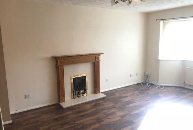 Living Room of Salcombe Close, Nuneaton CV11