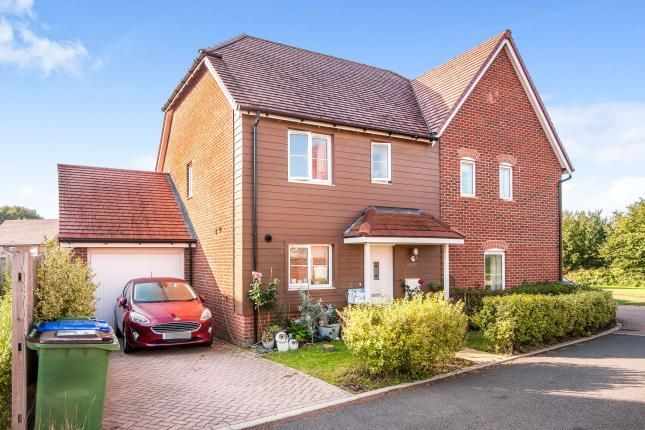3 bed semi-detached house for sale in Banfield Gardens, Henfield, West Sussex, England BN5