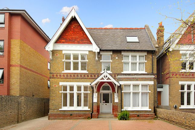 Flat for sale in Woodville Road, London