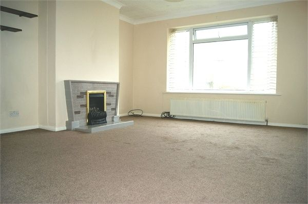 Thumbnail Flat to rent in Brook Street, Polegate, East Sussex