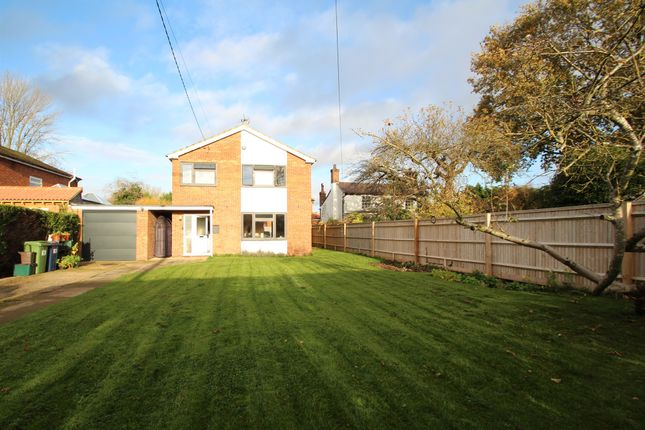 3 bed detached house for sale in Walnut Tree Lane, Longwick, Princes Risborough HP27