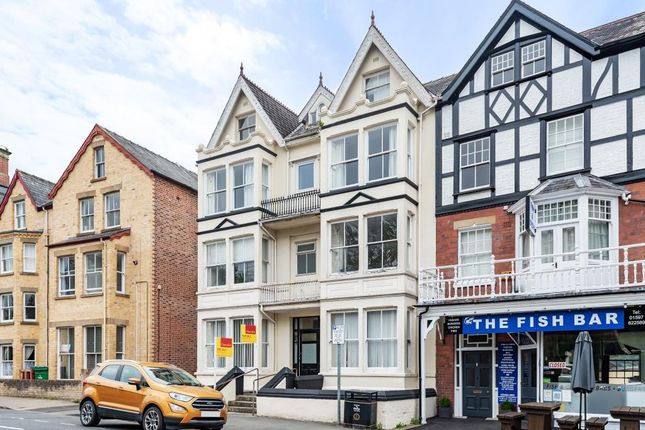 2 bed flat for sale in The Central, Llandrindod Wells LD1