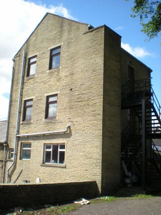 Thumbnail Office to let in Ashfield Road, Thornton, Bradford
