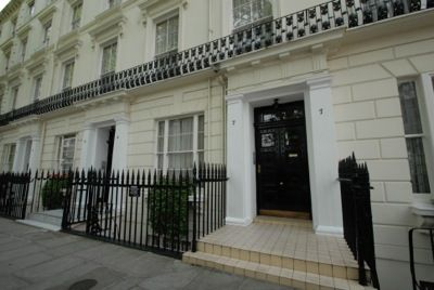 2 bed flat to rent in Leinster Terrace, London