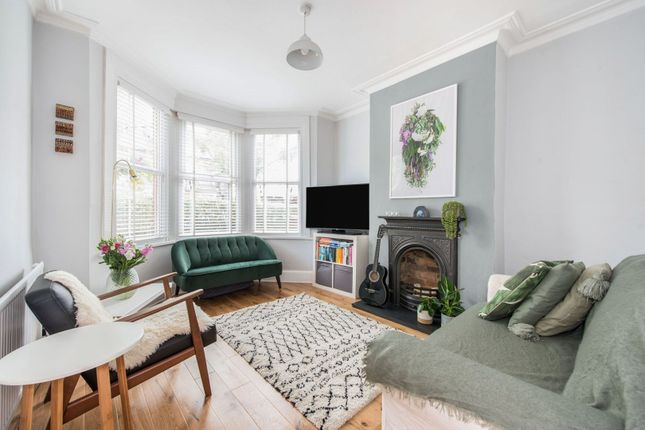 Thumbnail Flat for sale in Carr Road, Walthamstow