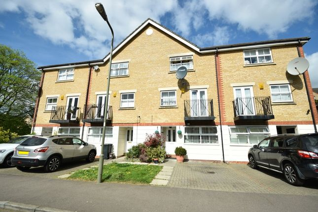 Thumbnail Town house for sale in Ribblesdale Avenue, Friern Barnet