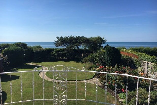 4 bed detached house to rent in Sea Drive, Bognor Regis