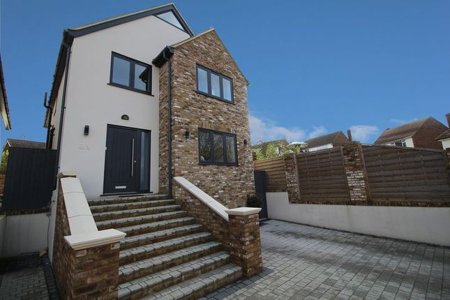4 bed detached house for sale in Farm Close, Cuffley, Potters Bar