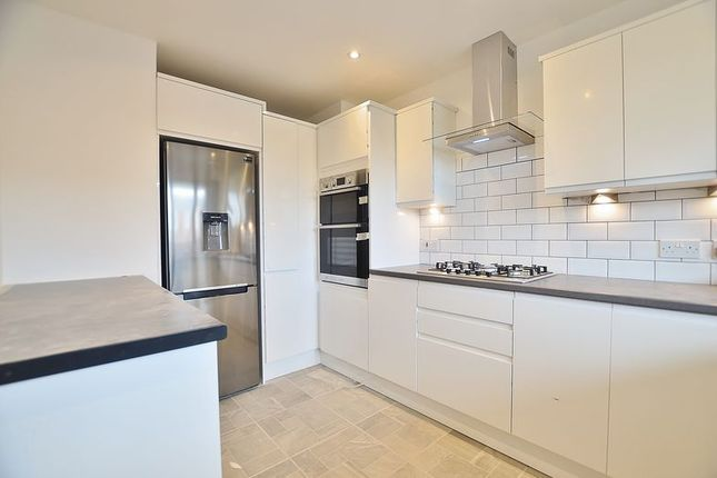 Thumbnail Flat to rent in Spenser Grove, London