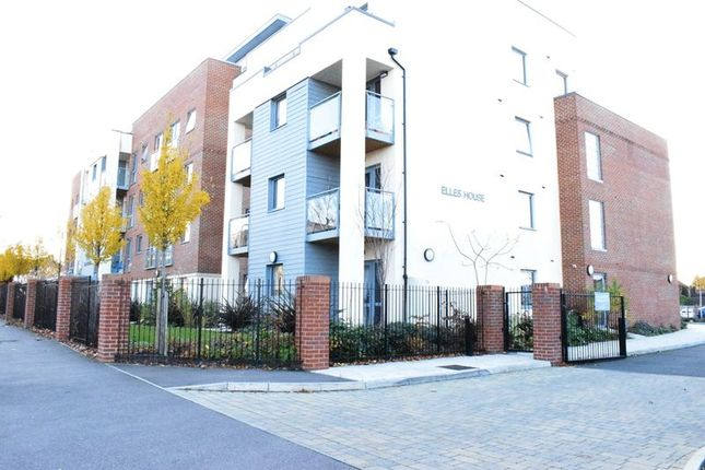 Thumbnail Property for sale in Embassy Court, Shotfield, Wallington
