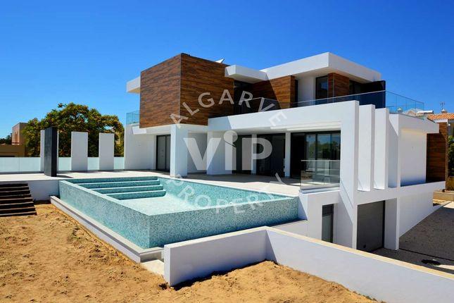 Villa for sale in Quarteira, Algarve, Portugal