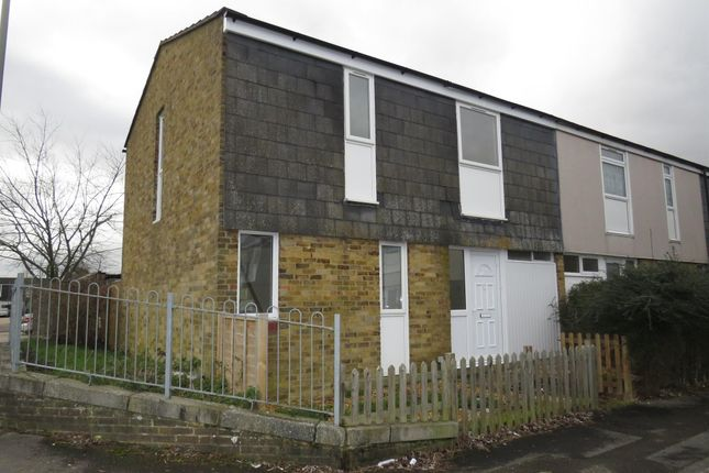 Thumbnail Property to rent in Pentland Close, Basingstoke
