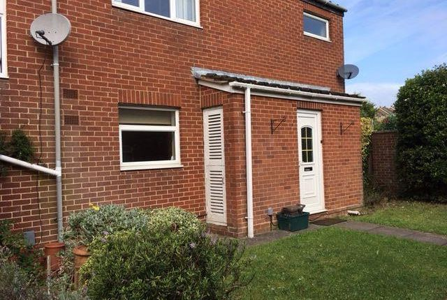 5 bed semi-detached house to rent in Faxton Close, Kingsthorpe, Northampton