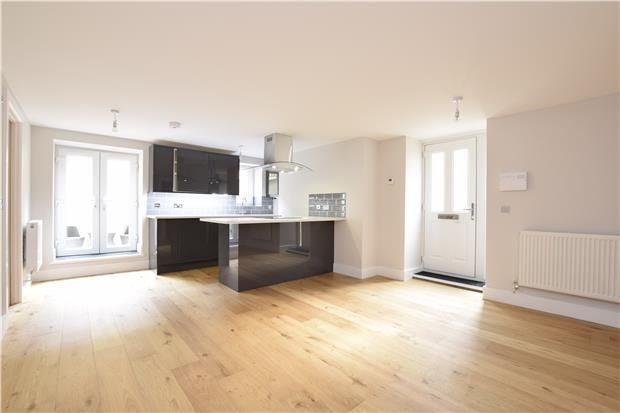 Thumbnail Flat for sale in Lower Ground Floor Apartment, Hill Avenue, Bristol