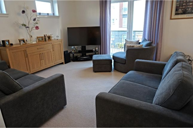 Thumbnail Flat for sale in 16 Whimbrel Way, Renfrew
