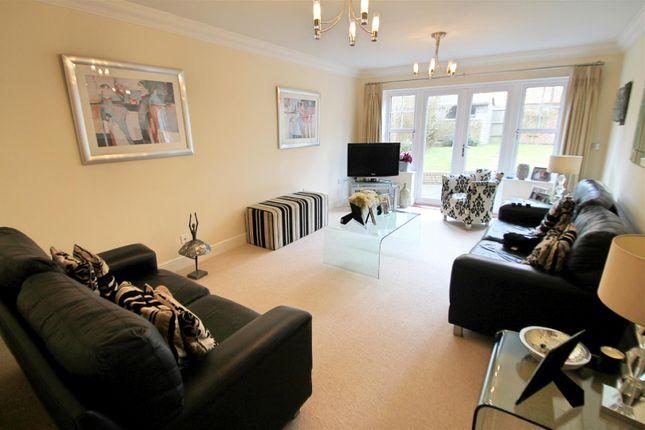 Lounge: of Tower View, Bushey Heath, Bushey WD23