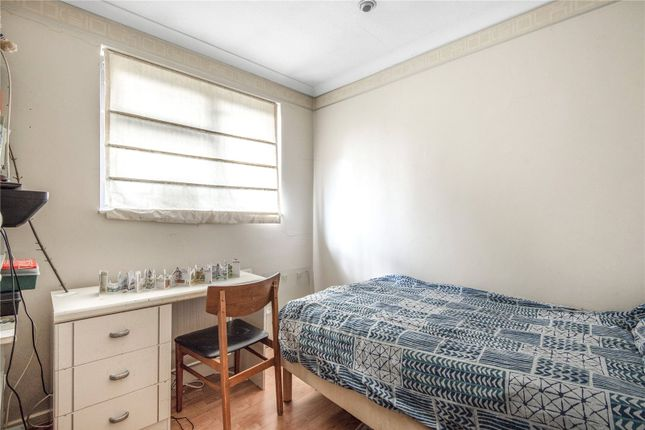 Picture No. 05 of Cordingley Road, Ruislip, Middlesex HA4