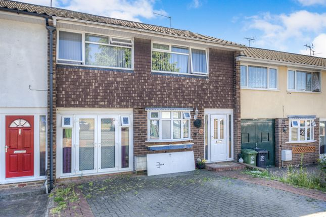 Thumbnail Terraced house for sale in Barlich Way, Lodge Park, Redditch