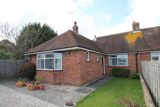 Thumbnail Bungalow to rent in Rectory Road, Tarring, Worthing
