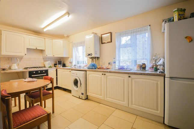 Thumbnail Flat for sale in Cobden Street, Peterborough