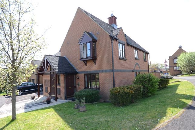 Thumbnail Flat for sale in Target Hill, Warfield, Bracknell