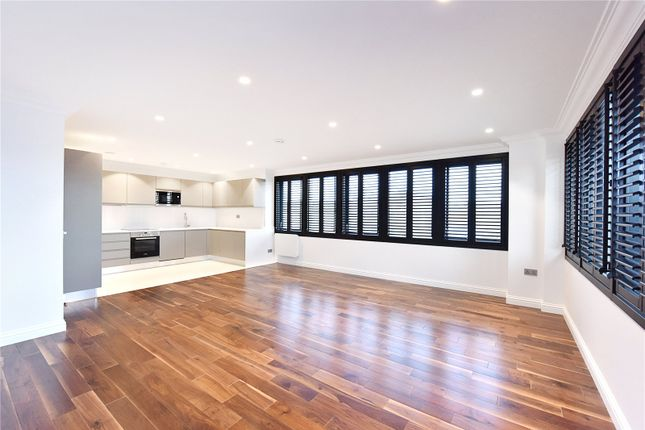 Thumbnail Flat for sale in Collingwood House, 2 Mercers Road