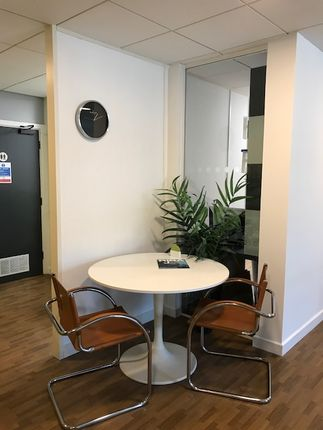 Thumbnail Office to let in Culpeper Close, Rochester