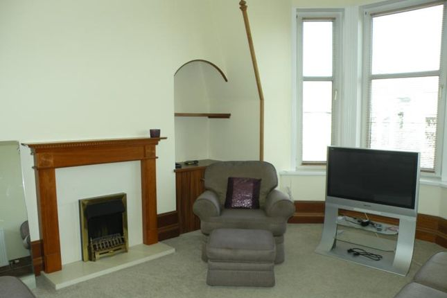 Thumbnail Flat to rent in Great Western Place, Top Floor Left