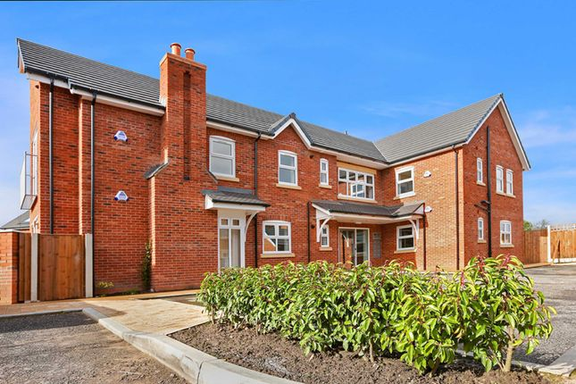 Thumbnail Flat for sale in Chorlton Brook, Eccles, Manchester