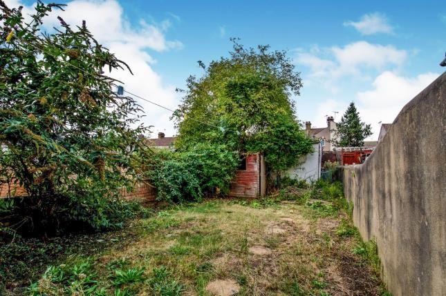 Garden of Kent Road, Grays RM17
