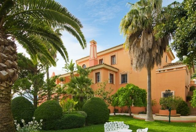 7 bed villa for sale in Spain, Málaga, Mijas