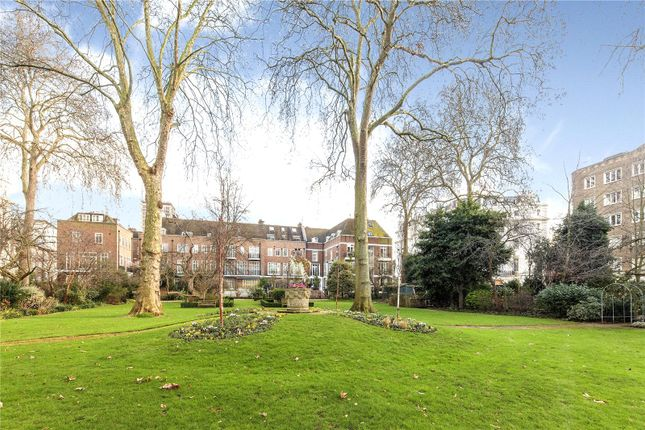Thumbnail End terrace house to rent in Gloucester Square, London