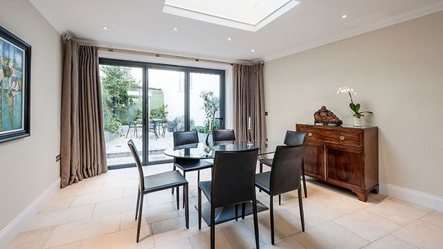 Thumbnail Flat to rent in Cornwall Gardens, London