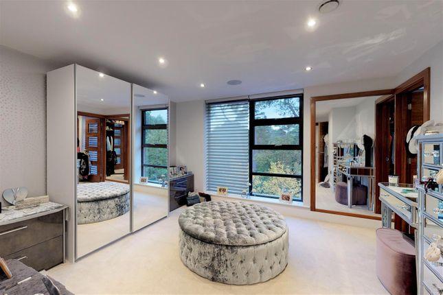 Master Bedroom Or Dressing Room