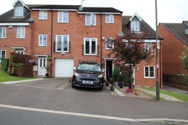 Thumbnail Property for sale in East Street, Doe Lea, Chesterfield