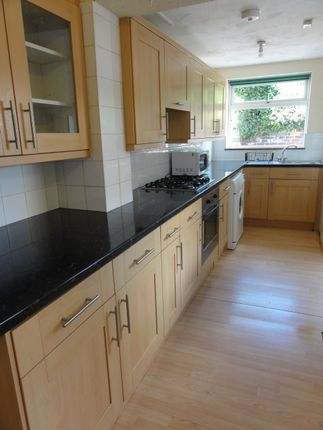Thumbnail Shared accommodation to rent in Alderson Place, Bramall Lane, Sheffield