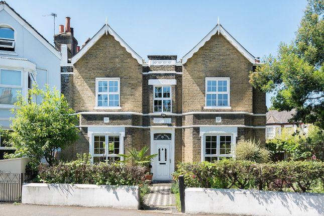 Thumbnail Semi-detached house for sale in Elm Grove, Peckham