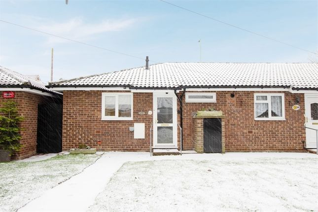 1 bed terraced bungalow for sale in Pine Close, Wickford, Essex SS12