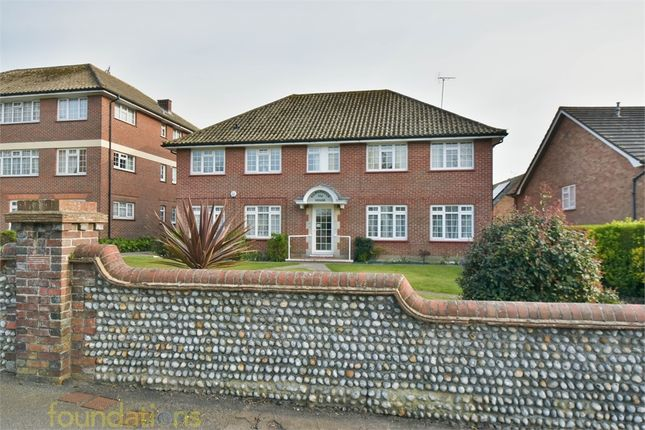 Thumbnail Flat for sale in Kilmarnock House, Collington Avenue, Bexhill-On-Sea, East Sussex