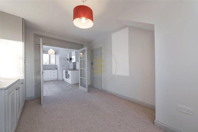 Thumbnail Flat to rent in Kingswood Avenue, Queens Park, London
