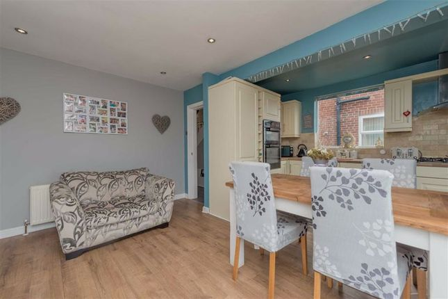 Dining Area: of Bluehill Lane, Wortley, Leeds, West Yorkshire LS12
