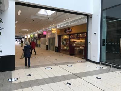 Thumbnail Retail premises to let in Teanlowe Centre, Poulton-Le-Fylde, Lancashire